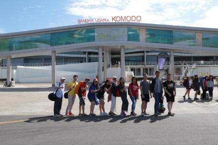 Tiba di Bandar Udara Komodo