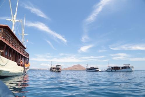 Nyebur dari Kapal Samara