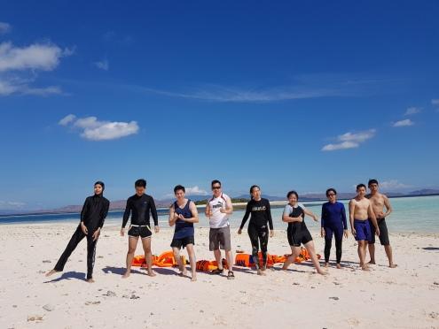 Istirahat Setelah Snorkeling