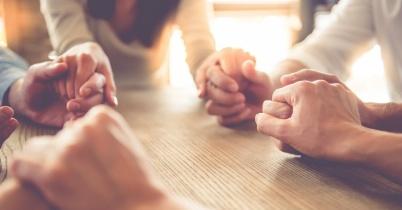 36496-praying-together-1200