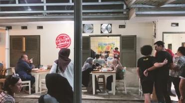 Bandung.00_03_12_29.Still021