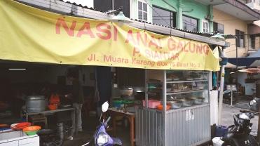 Nasi Anai Galung.00_03_04_10.Still006